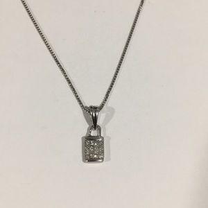 Jewelry - 14k White Gold Small Diamond 💎 Pendant Box Chain